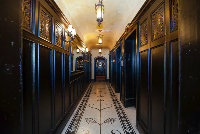 Ascensores en The Bowery Hotel / Oyster