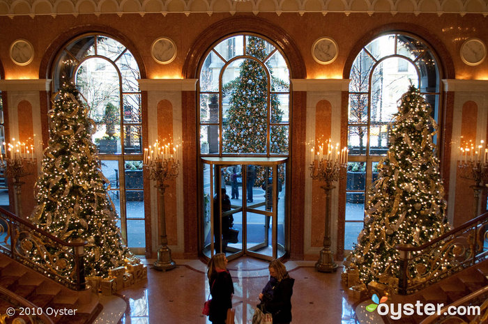 Nyc During Christmas.A Look Back At Our Favorite Holiday Decorations In Nyc