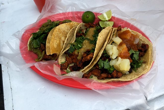Tacos veganos / Kyle Valenta