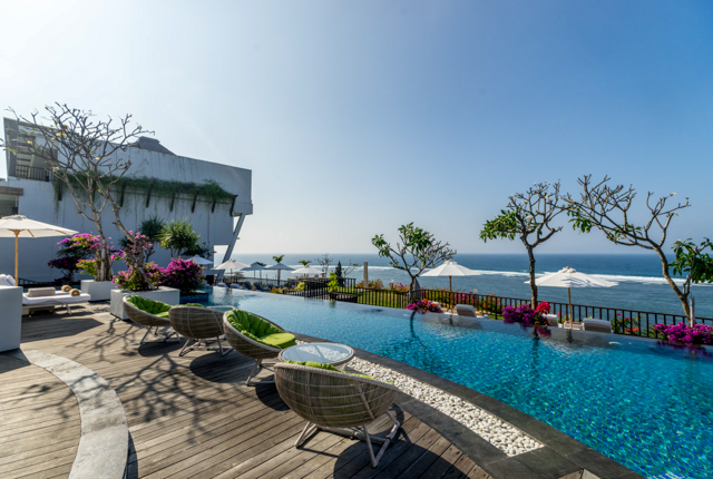 The Pool at the Samabe Bali Suites & Villas/Oyster
