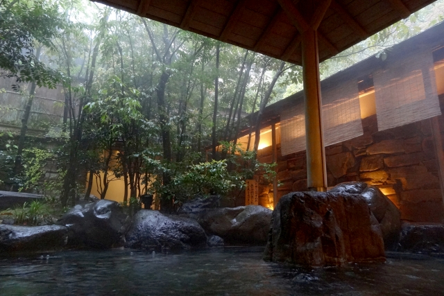 A Japanese onsen, 663highland/Wikimedia Commons