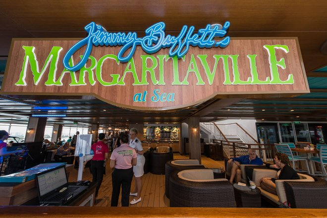 Magaritaville en el mar de Jimmy Buffett en Norwegian Escape / Oyster