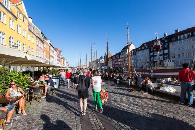 Kongens Nytorv & Nyhavn em Copenhagen / Oyster