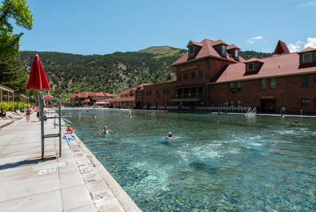 Glenwood Hot Springs Lodge/Oyster