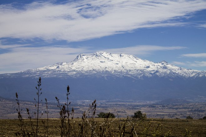 Iztaccihuatl by Valeria Ramos/Flickr