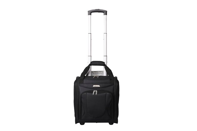 63fe1964b046 Best Hand Luggage and Cabin Baggage to Fit on Ryanair | Oyster.com