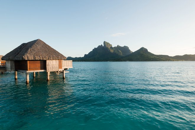 Motivos no Four Seasons Resort Bora Bora / Ostra