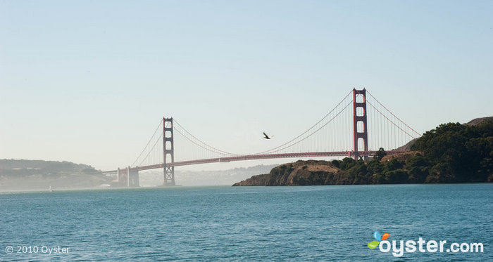 View of the Golden Gate Bridge in San Francisco, one sight to see on your groovy vacay