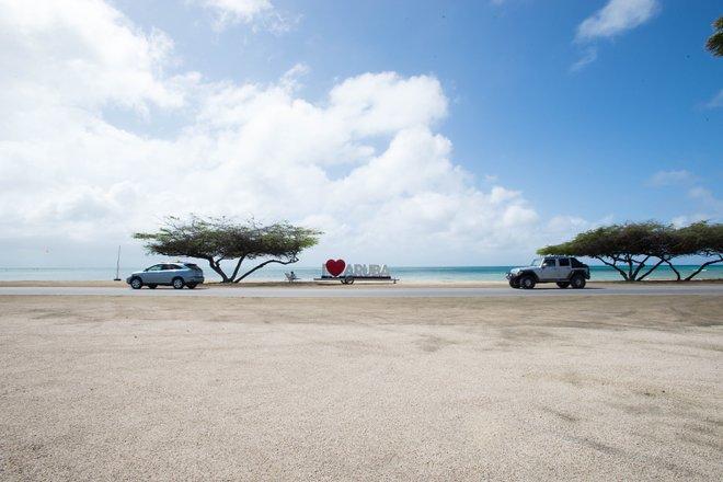 Aruba Beach Villas / Oyster