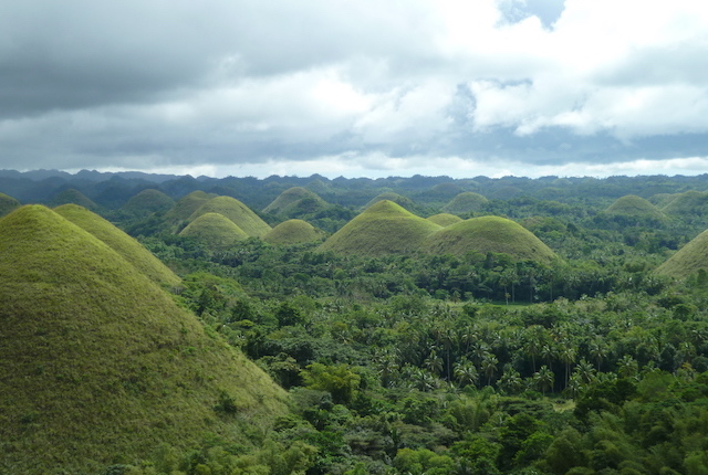 Chocolate Hills; Tom Bishop/Flickr