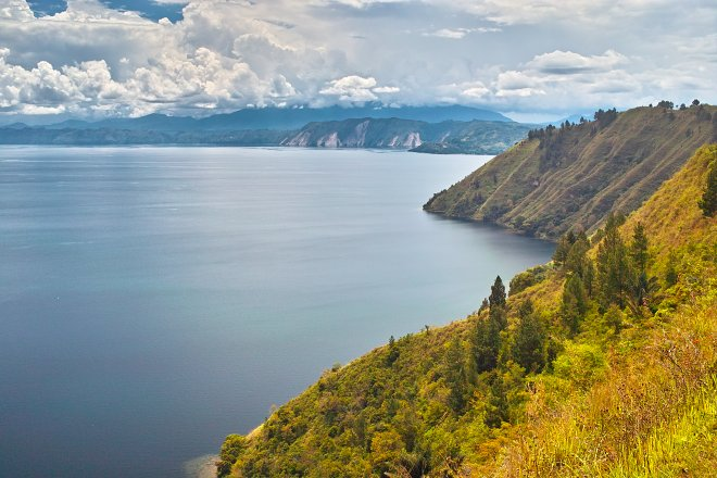 Lake Toba; Max Grabert/Flickr