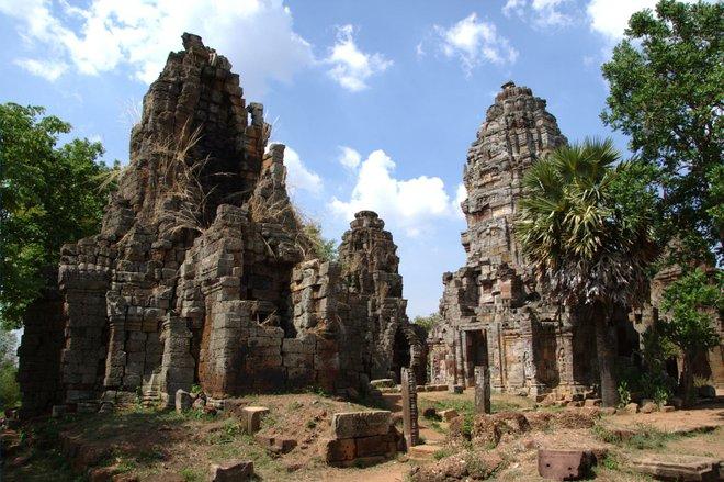 Wat Banan; pnglife / flickr