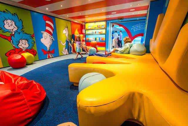 Dr. Seuss Bookville su Carnival Vista / Oyster