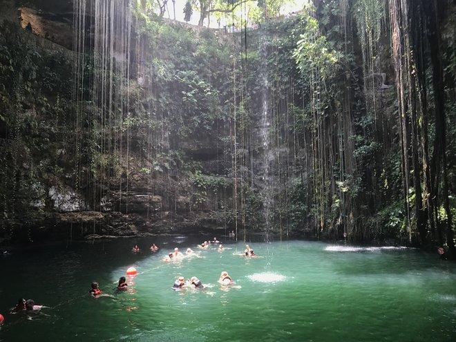 Ik Kil Cenote; Lara Grant