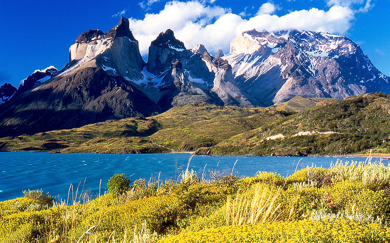 Torres del Paine, Chile; melenama / Flickr
