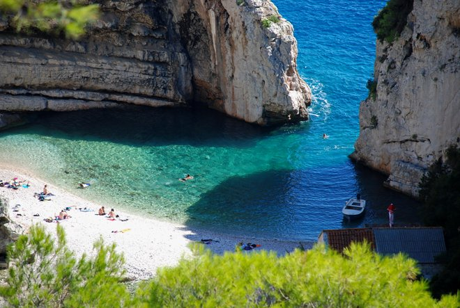 Stiniva Beach, Vis; Miroslav Vajdic/Flickr