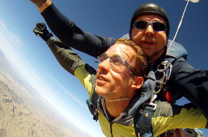 Las Vegas Tandem Skydiving / Viator