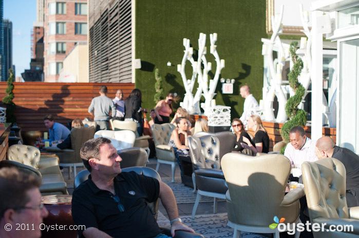 Escena en XVI en Hilton Garden Inn, Nueva York