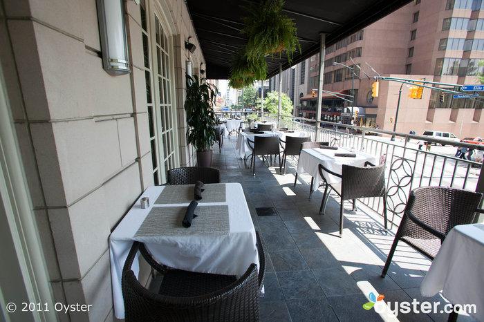 Terrassenrestaurant im The Ellis Hotel, Atlanta