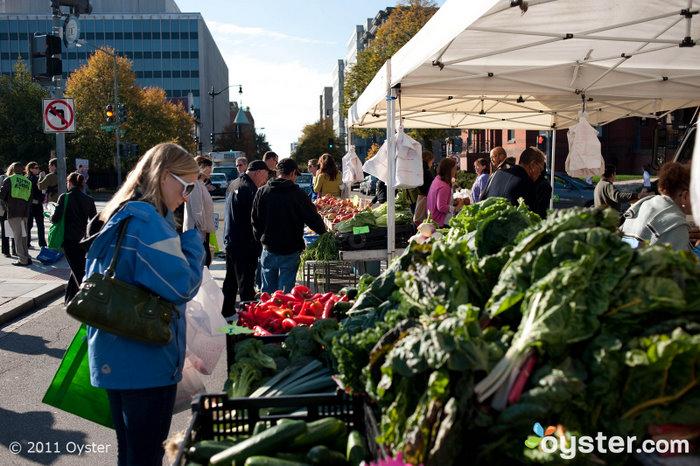 Sunday Farmers' Market; Washington, D.C.