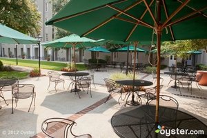 Here's the Courtyard at the budget-friendly Hampton Inn Charleston-Historic District.