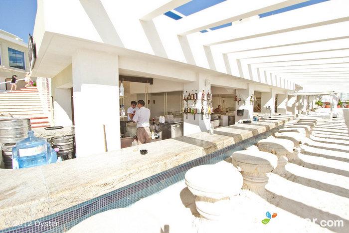 Trade Winds Beach Bar at the Gran Caribe Real Cancun