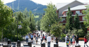 The best way to discover Whistler is checking out the Village Stroll, lined with stores, bars and restaurants