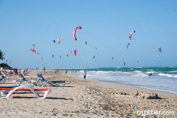 Kite Boarders Pack the Beach at the Viva Wyndham Tangerine, Dominican Republic