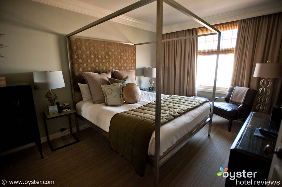 Mulholland Suite, The Huntington Hotel