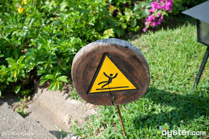 Méfiez-vous des invités qui tombent à l'Hôtel Punta Islita au Costa Rica