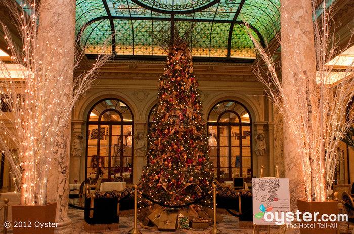 Mit Weihnachten kann man in New York, vor allem auf der Plaza, nichts falsch machen.