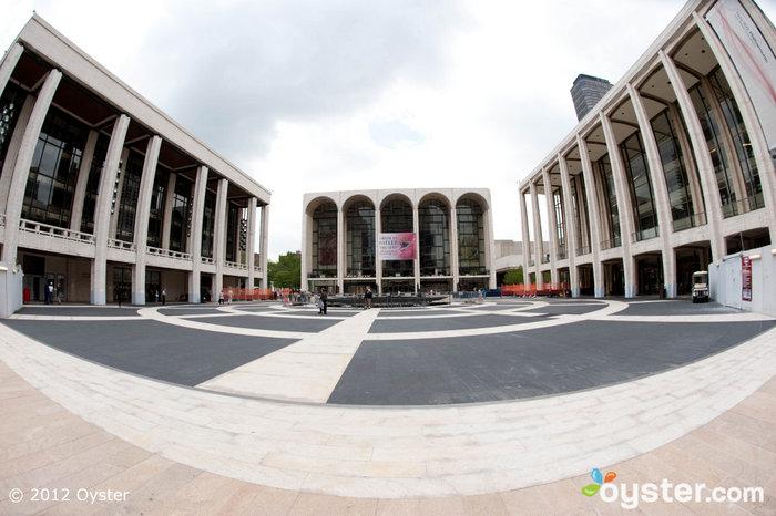 Das Oratorium wird in der Avery Fisher Hall im Lincoln Center aufgeführt.