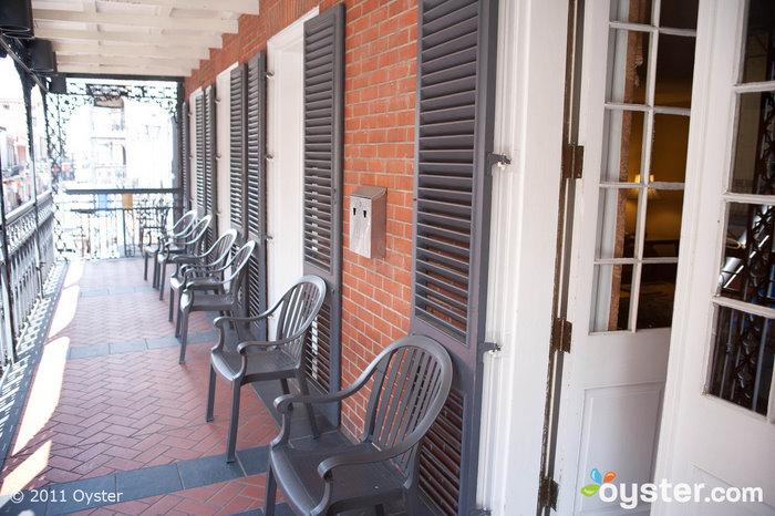 Un balcon au Royal Sonesta Hotel New Orleans; Nouvelle-Orléans, LA
