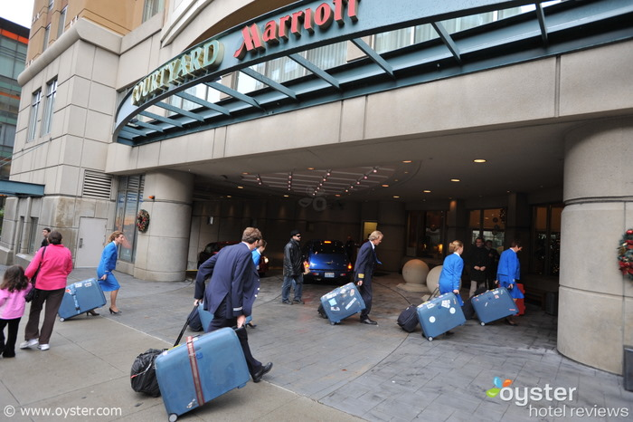 Lo staff KLM effettua il check in Courtyard by Marriott San Francisco Downtown