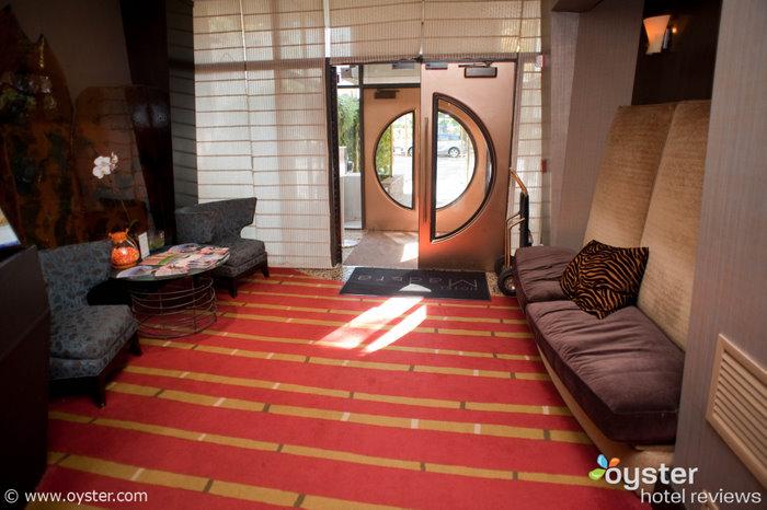 Lobby do Hotel Madera, uma de nossas escolhas para os hotéis gay friendly da capital
