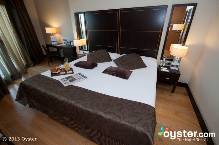 Fresh and attractive rooms come equipped with flat-screen TVs and funky lights.