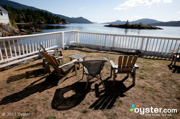 The Outlook Inn is one of the most romantic spots on the San Juan Islands.