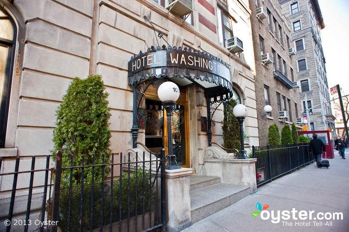 Entrance at the Washington Square Hotel