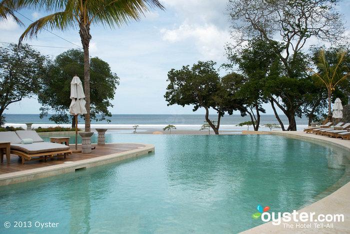 Piscina en el Mukul Luxury Resort and Spa