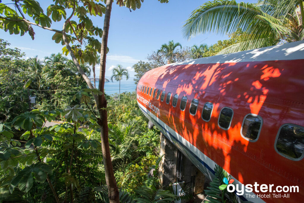 The 727 Fuselage Home at the Hotel Costa Verde