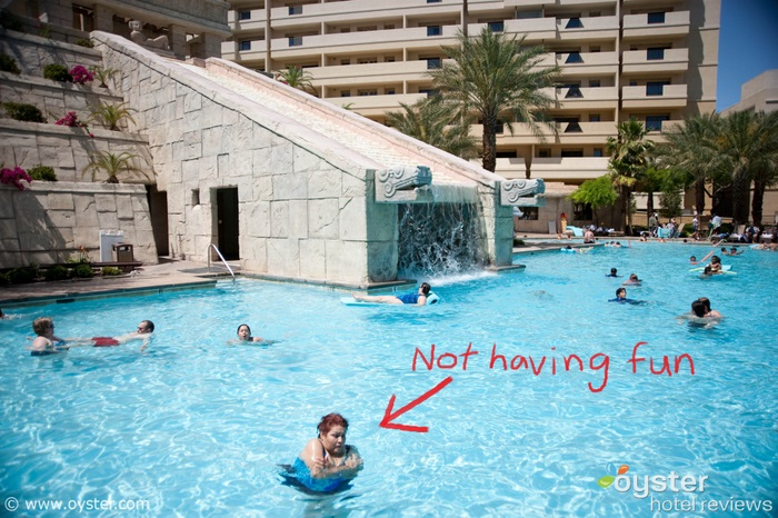 Planet hollywood resort casino detailed review photos - Planet hollywood las vegas swimming pool ...