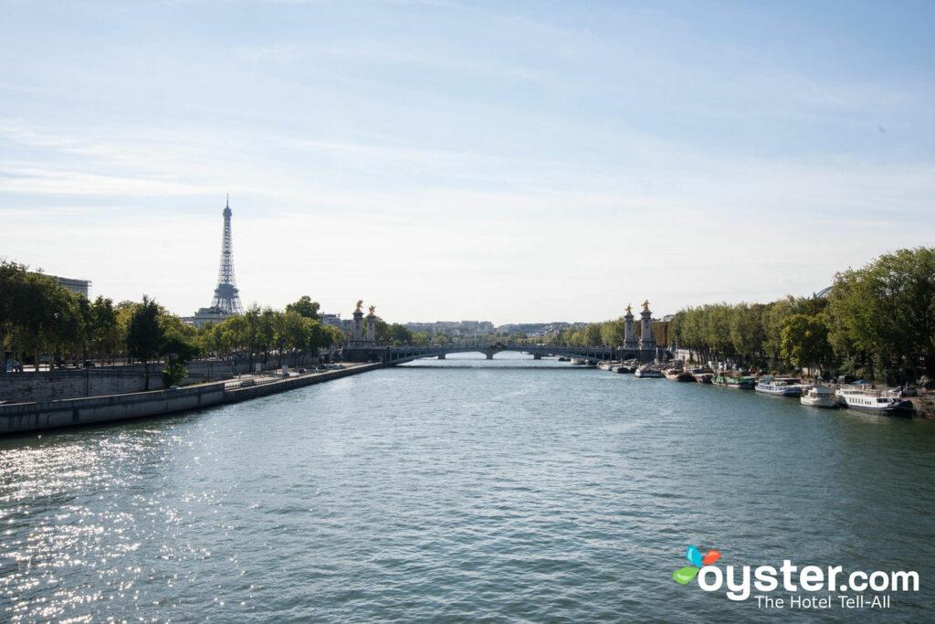 Os recentes ataques em Paris (e além) fizeram com que muitos viajantes hesitassem em viajar para o exterior.