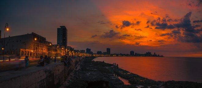 Havana at night; Howard Ignatius