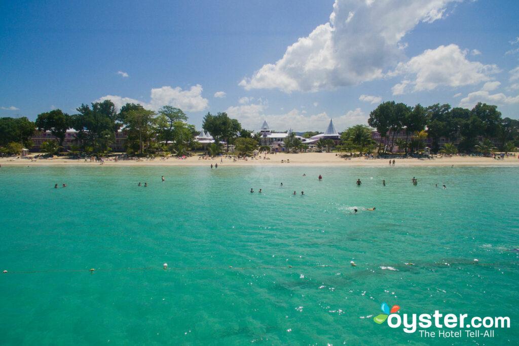 Vista aérea do hotel Riu Palace Tropical Bay / ostra