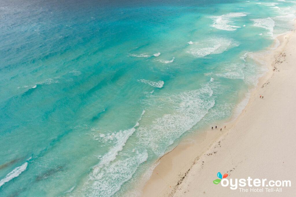Gran Caribe Resort Cancún / Oyster