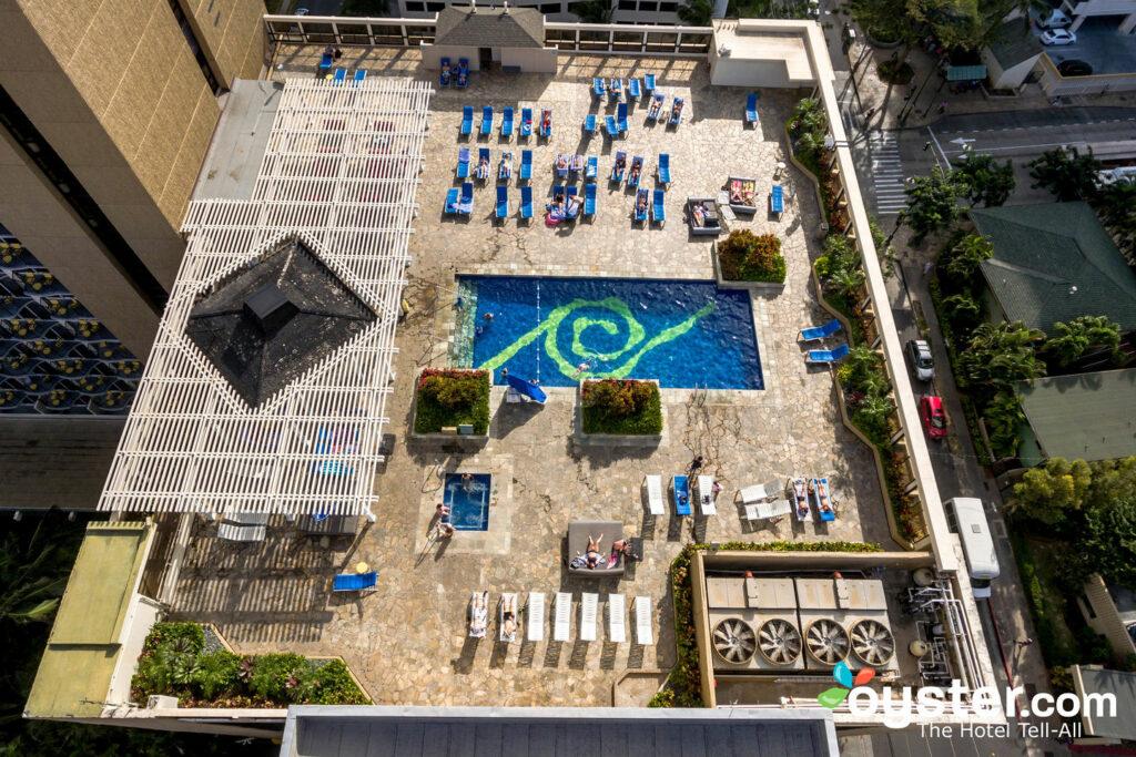 Hilton Waikiki Beach Review What To