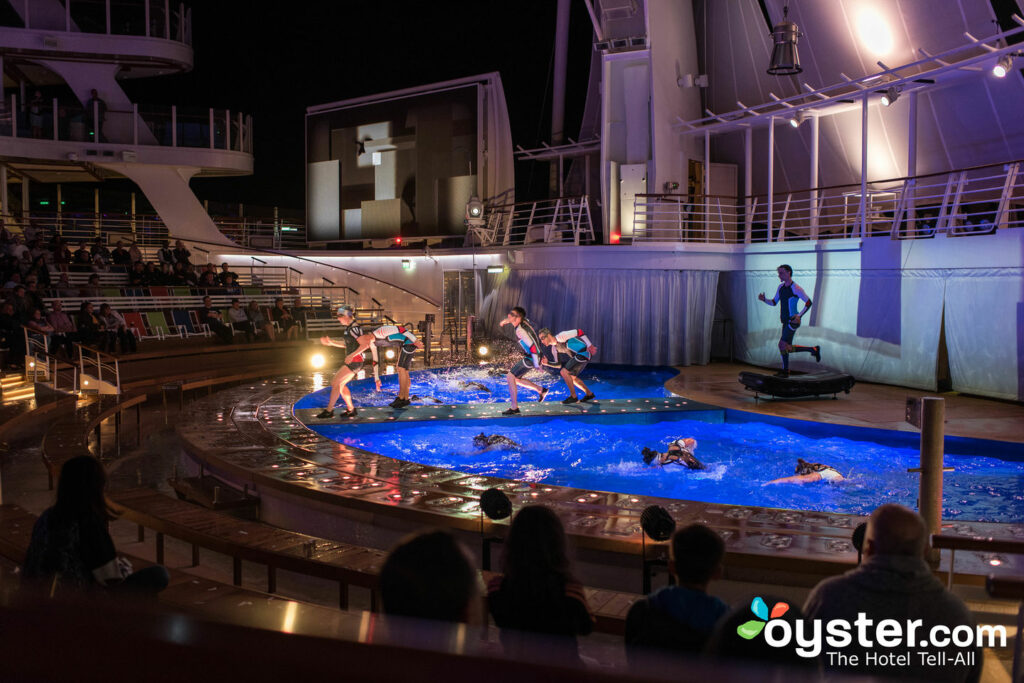 AquaTheater, Harmony of the Seas/Oyster