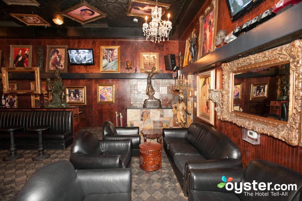 Artisan Lounge at the Artisan Hotel