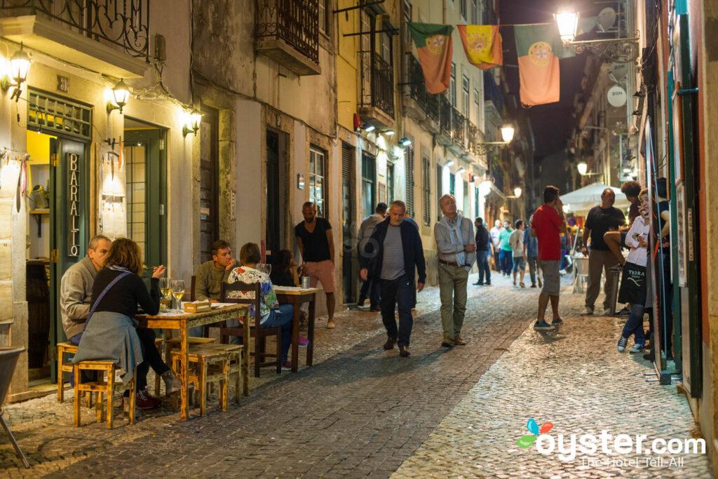 Bairro Alto, Lisbona / Oyster