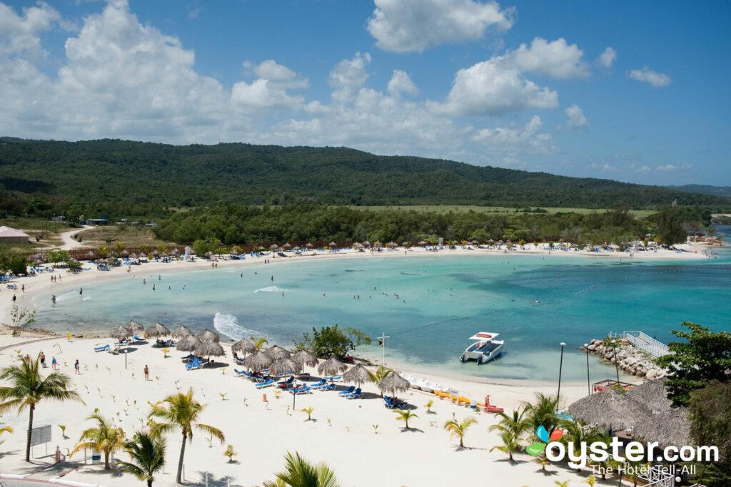 Plage au Grand Bahia Principe Jamaica / Oyster